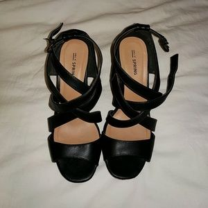 Black Wedged Platform Shoes